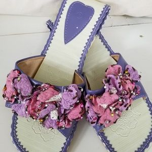 Does Anyone Know Who the Maker is On These Sandals